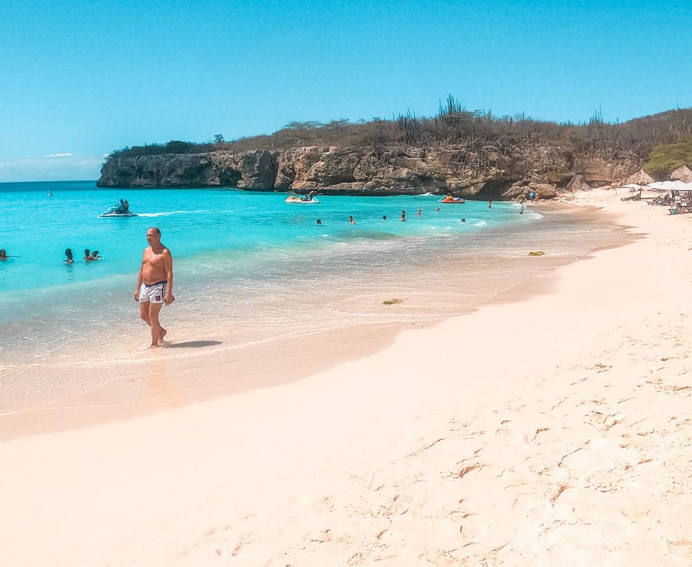 Grote knip 1 klein - De stranden van Curaçao die je niet mag overslaan