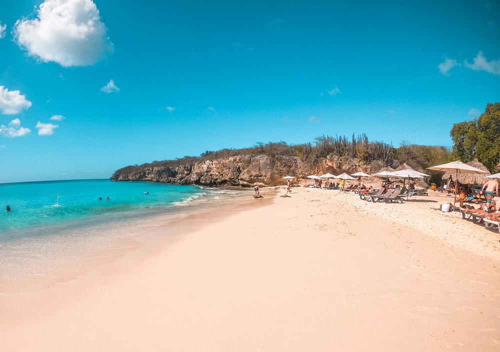 Kleine knip 1 klein - De stranden van Curaçao die je niet mag overslaan