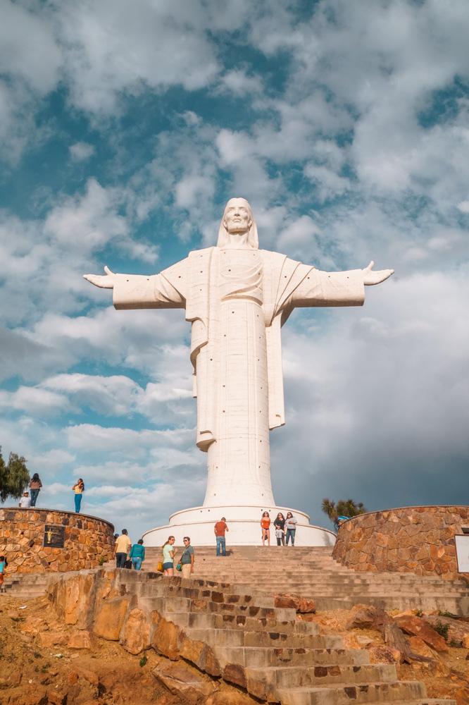 Cochabamba2 1 klein - Weetje: de bekendste Christusbeelden van Zuid-Amerika
