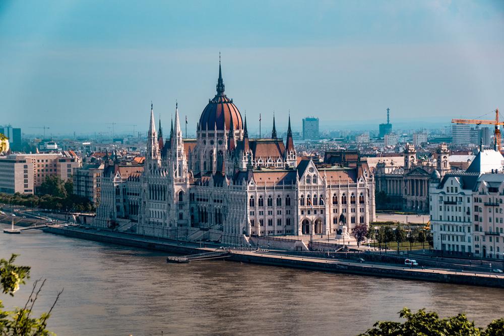 Hongaars parlementsgebouw Boedapest 2 - 24 uur in Boedapest: bezienswaardigheden en tips