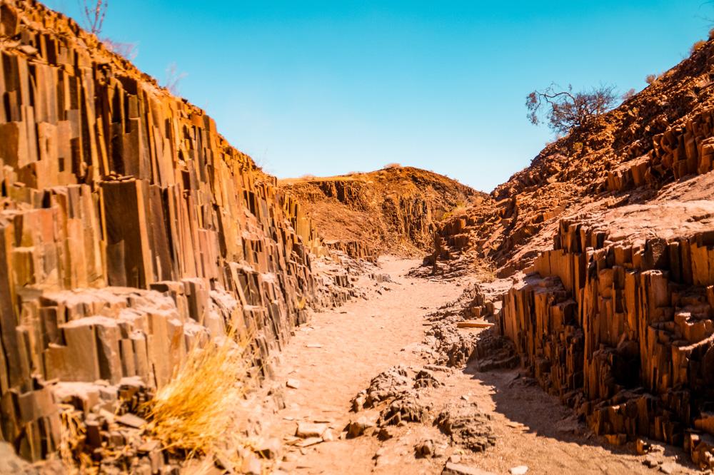 Namibie bezienswaardigheden Damaraland 2 - Reisroute: langs de bezienswaardigheden van Namibië